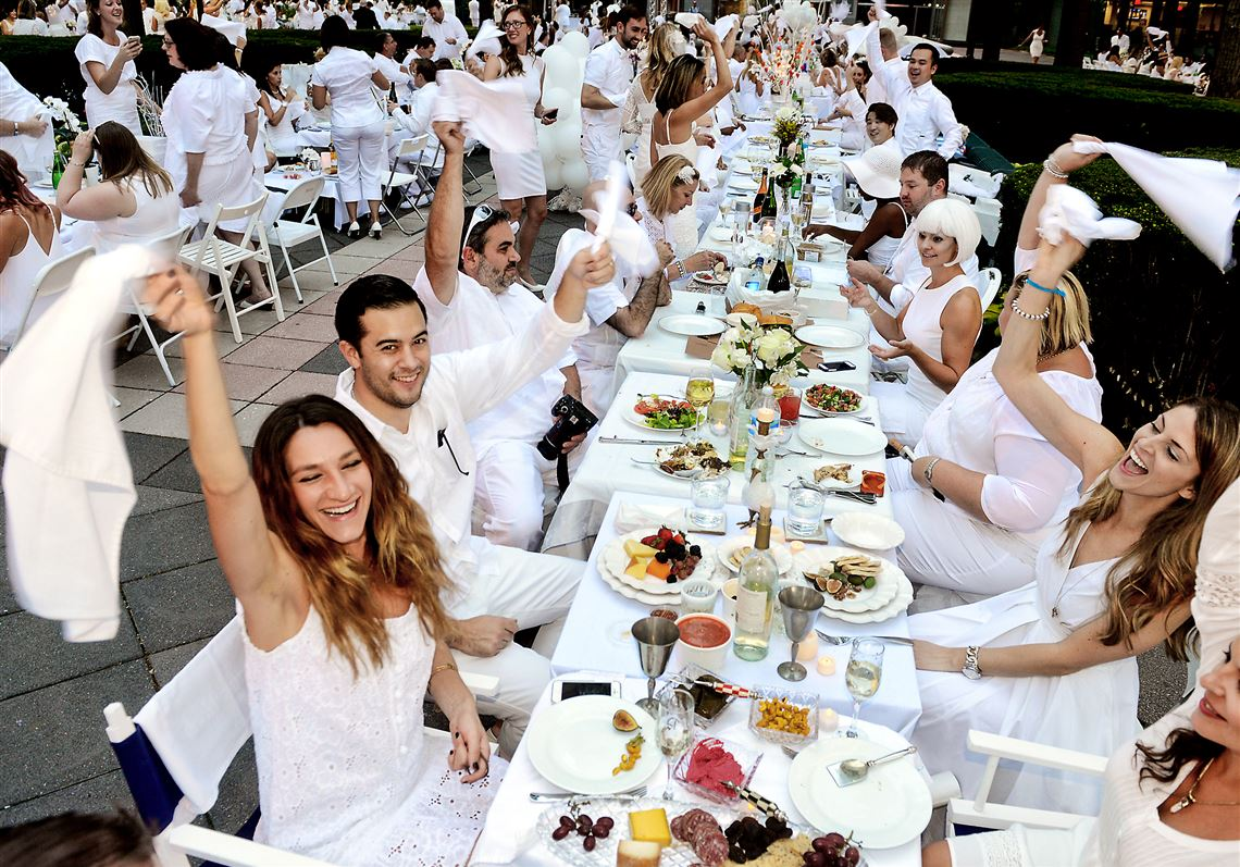 Pittsburgh s Diner en Blanc is a party for people dressed in white ... f06d65c0f