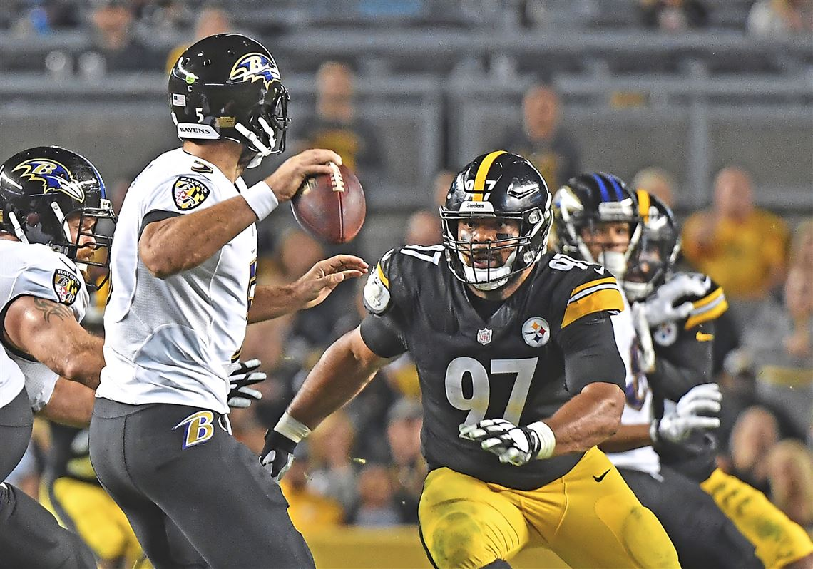 1d1765e0d Cameron Heyward pressures Ravens quarterback Joe Flacco on Sunday