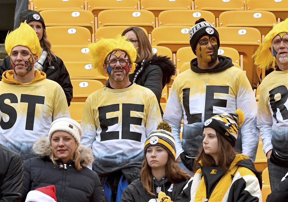 6bba0673 Steelers fans wait to watch warmups before their team takes on the Patriots  Sunday, Dec