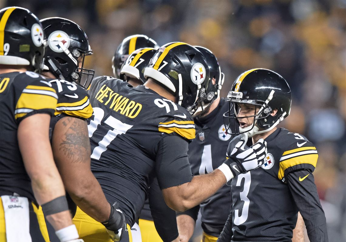 c967e1dbc9c Steelers defensive end Cameron Heyward congratulates kicker Matt McCrane  after his field goal against the Cincinnati