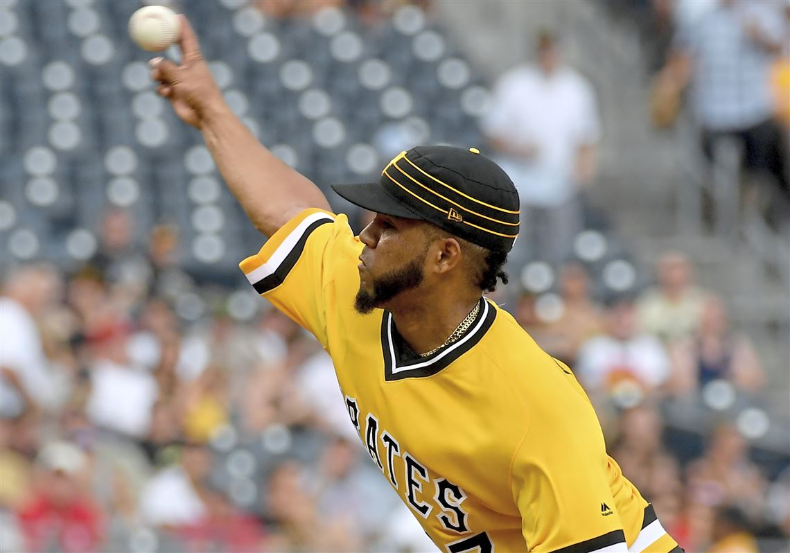 Pirates offense stays quiet, as they drop another close one