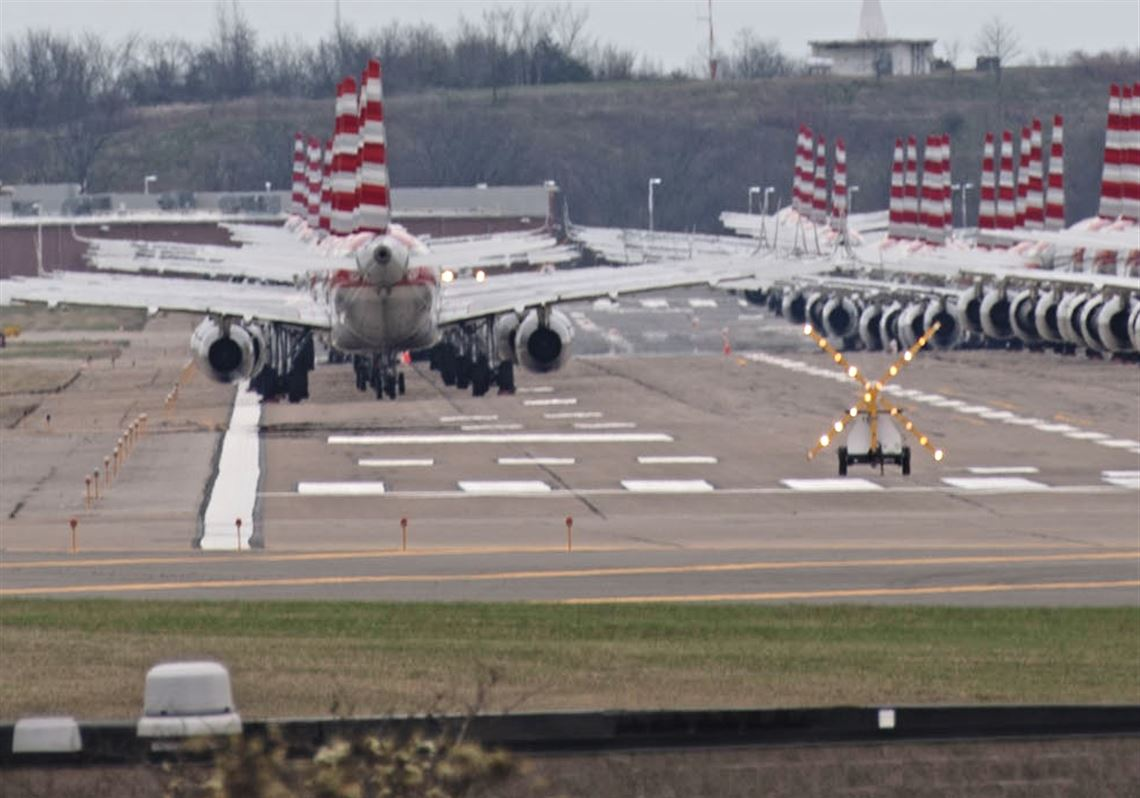 Cleared for landing: Grounded planes crowd Pittsburgh ...