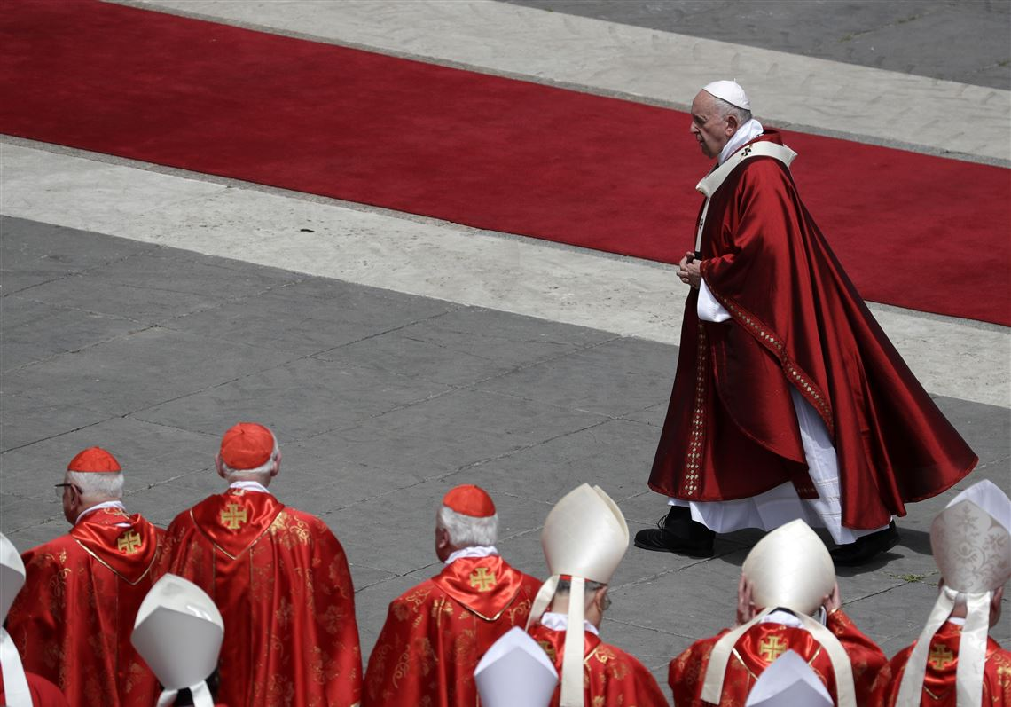As Pope Francis champions migrants, some cardinals court the far-right