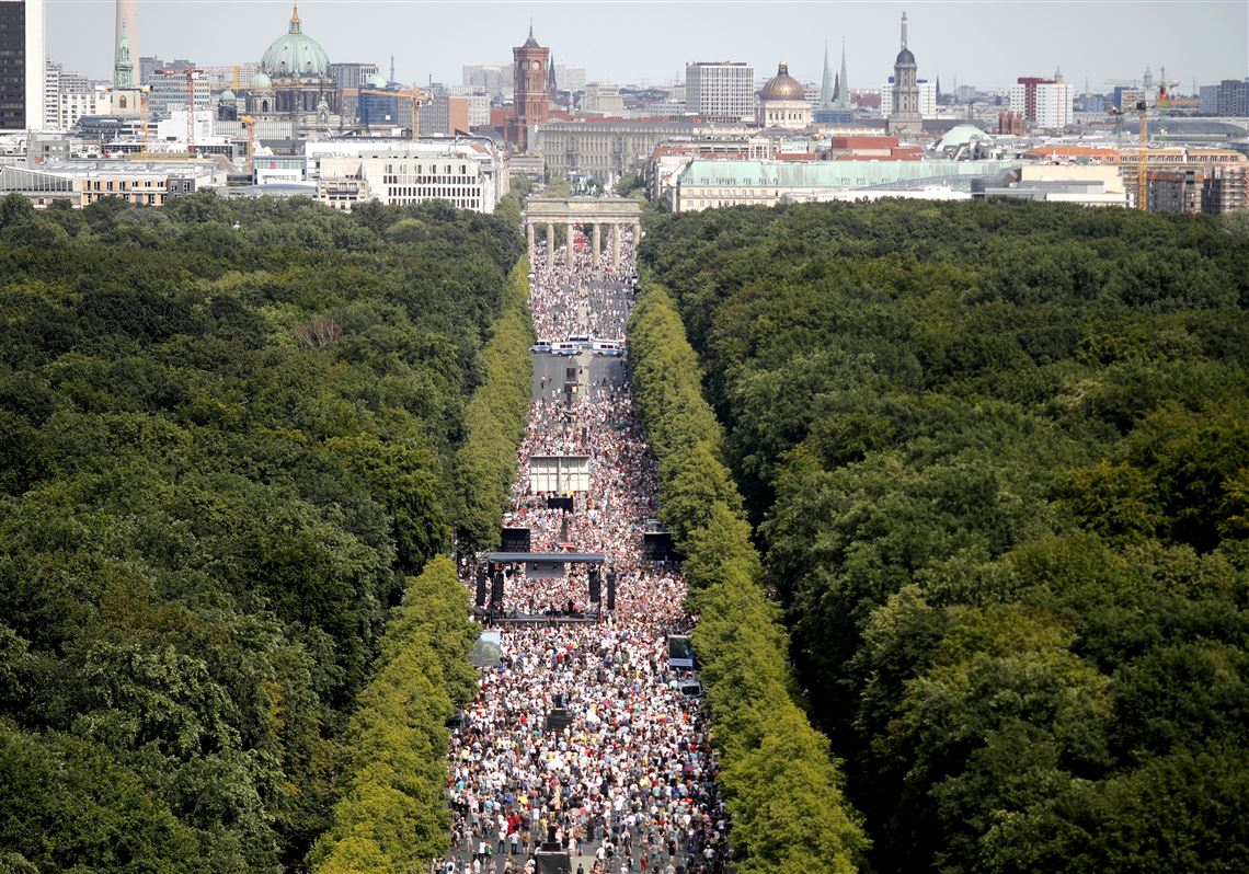 Thousands in Berlin protest against coronavirus restrictions ...