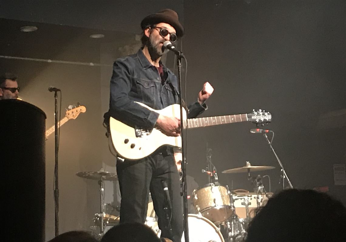 The Eels Play The Devil S Music At Mr Smalls Pittsburgh Post Gazette