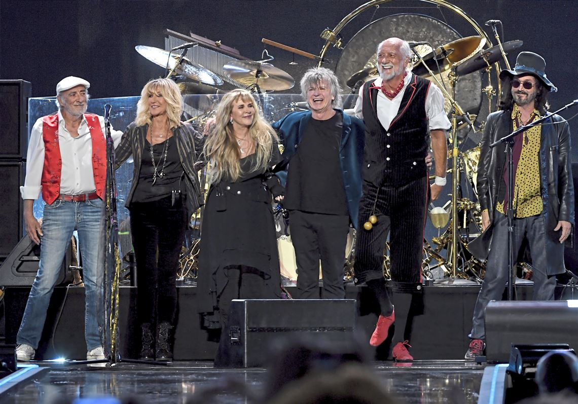 Stevie Nicks still the highlight of newfangled Fleetwood Mac