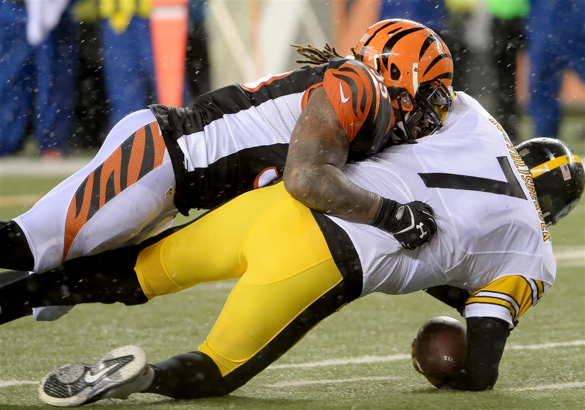Vontaze Burfict Is Back But The Steelers Don T Want To Get