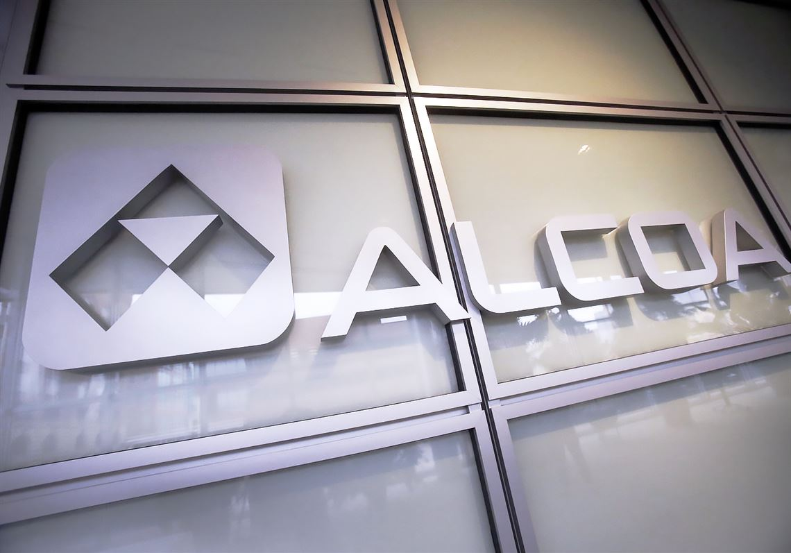 Alcoa cuts production at Quebec smelter amid 11-month labor