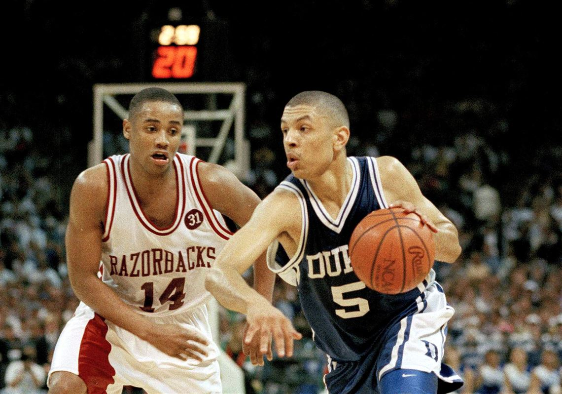 923e79fdb01 Duke's Jeff Capel (5) driving against Arkansas' Corey Beck during the 1994  NCAA