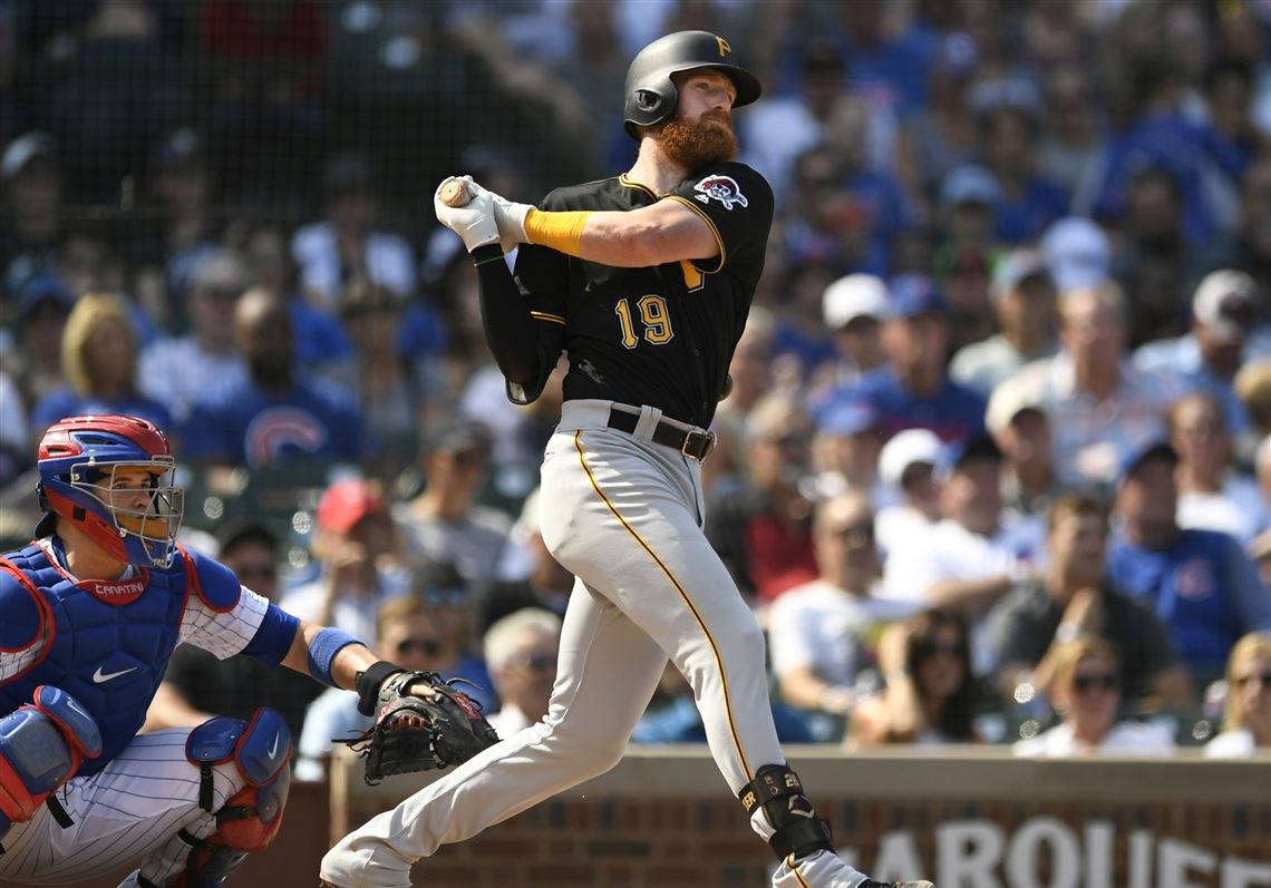 Cubs light up Pirates once again, sweep series