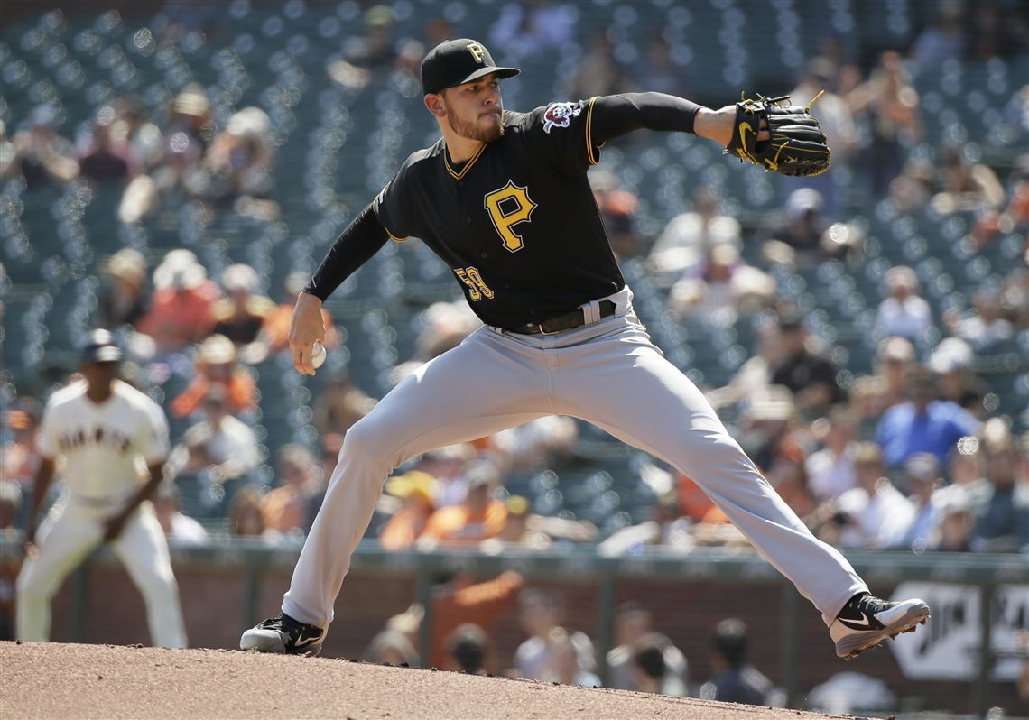 Musgrove pitches through the pain as Pirates beat Giants 4-2