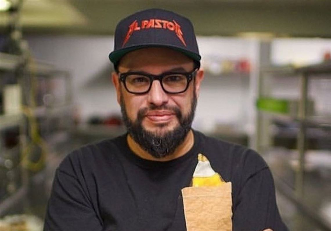 Carl Ruiz, a celebrity chef and restaurateur, dies at 44