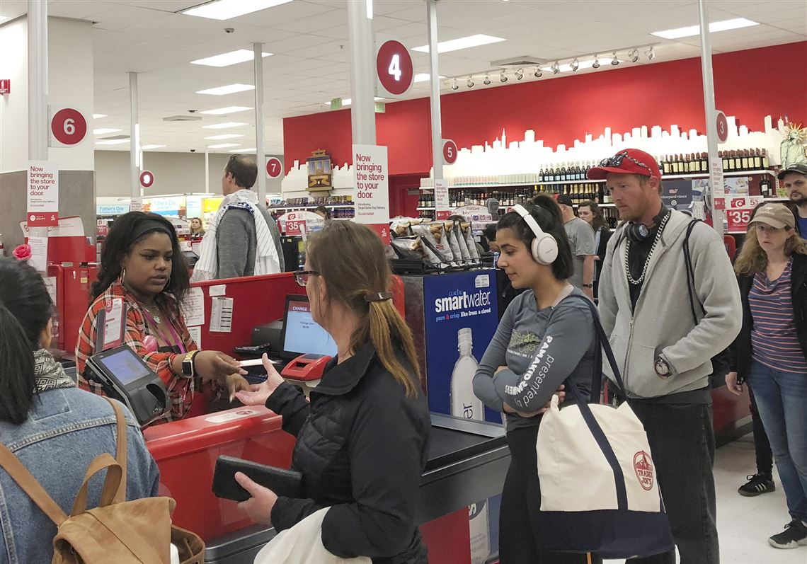 Target is hit with register trouble for second consecutive day