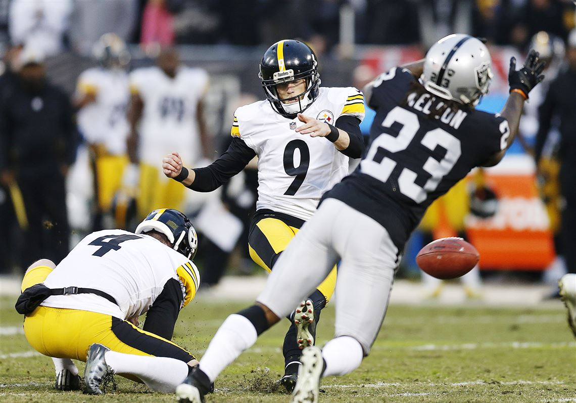 Steelers kicker Chris Boswell slips on the turf while attempting a field goal against the Oakland Raiders on Sunday, Dec. 9, 2018.