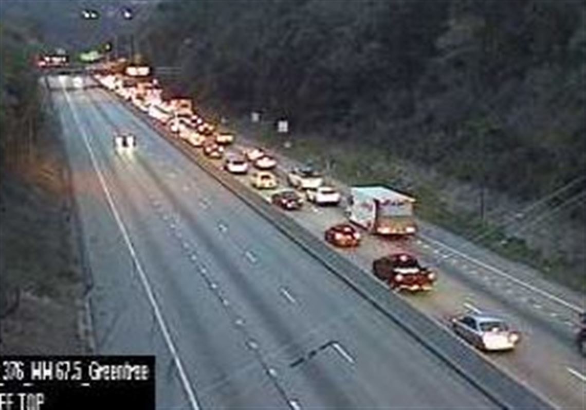 Crash snarls Parkway West commute | Pittsburgh Post-Gazette