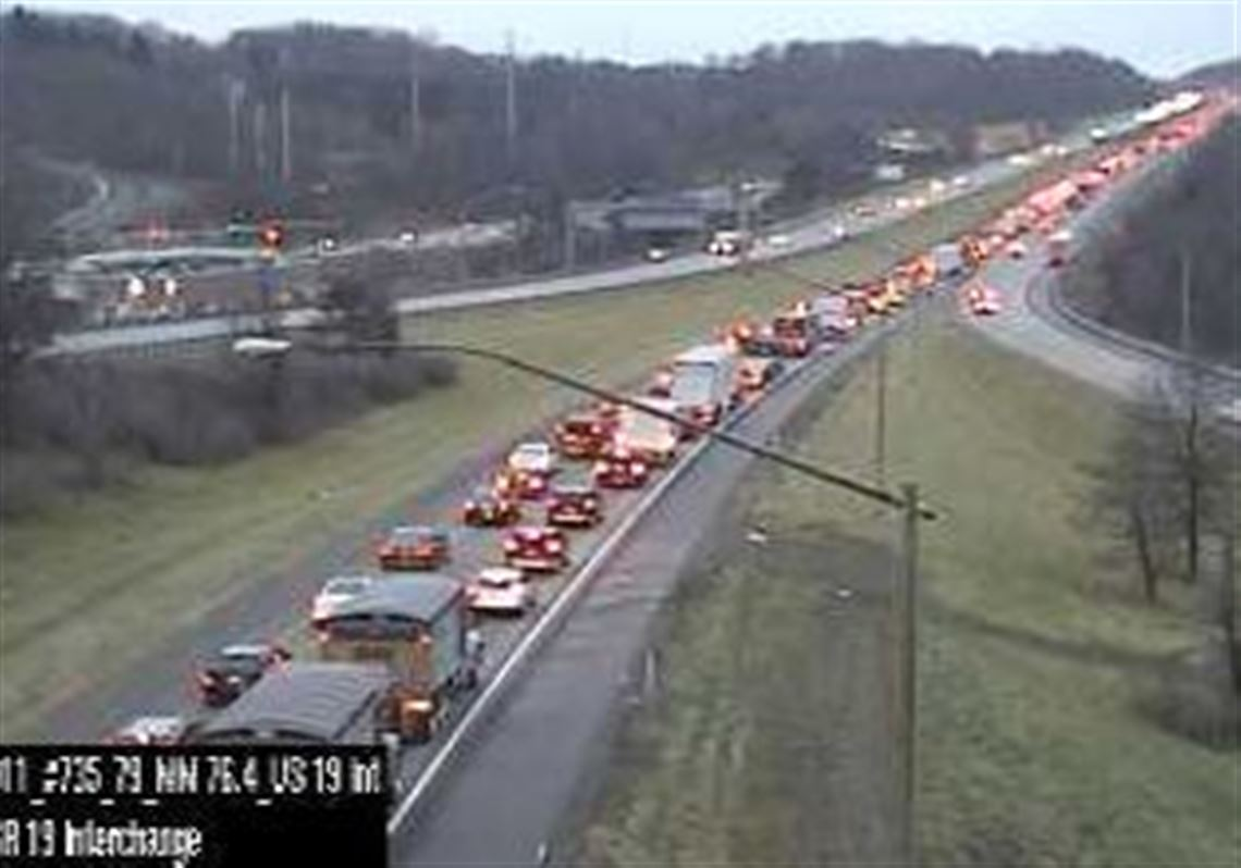 TRAFFIC: Crash ties up rush-hour commute on I-79 southbound in