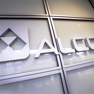 At Alcoa shareholders meeting, concerns about slowing demand
