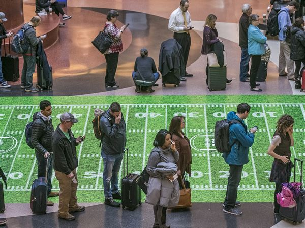 The number of no-show airport security screeners continues soaring amid the shutdown