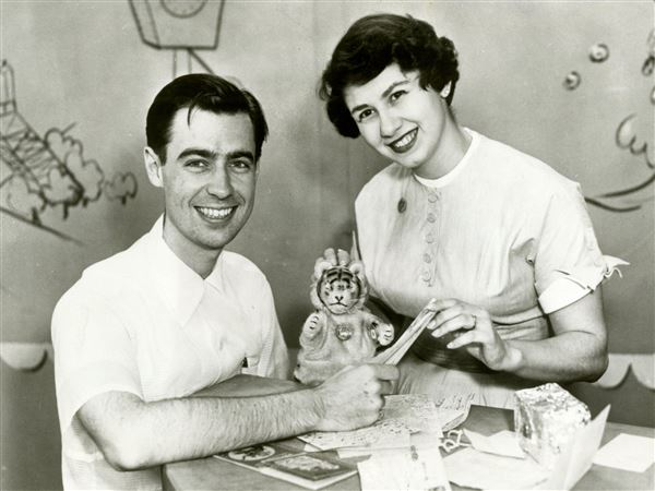 Live And Lively Early Days Of Mister Rogers Neighborhood Began With A Corner Pittsburgh Post Gazette